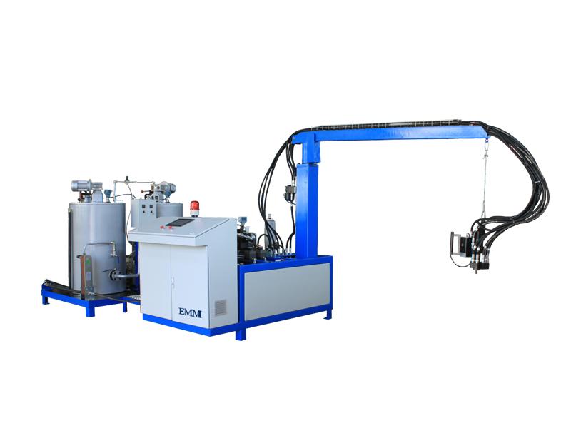 ポリウレタン高圧連続機械
